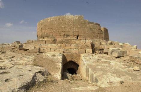 Soğmatar Built By The Lost Aliens of Malta? Sogmatar